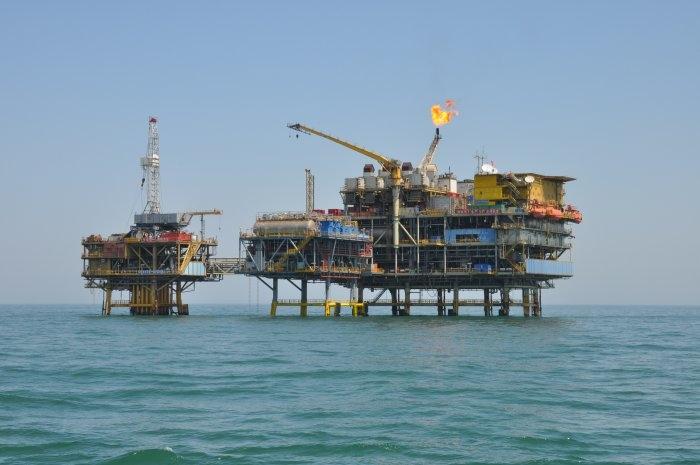 光纤传感技术在采油平台上使用