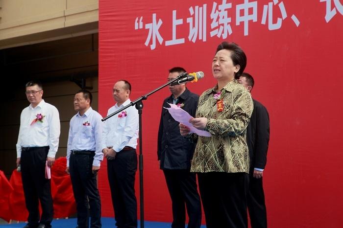 南通市副市长单晓鸣发表讲话
