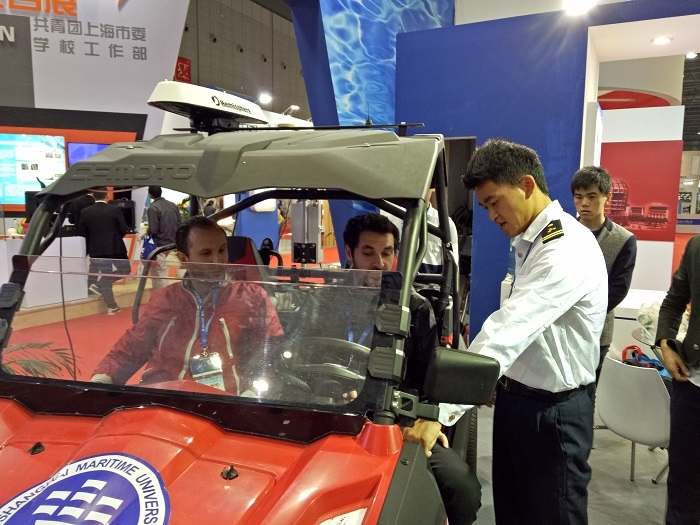 智能互联+四轮独立驱动电动车