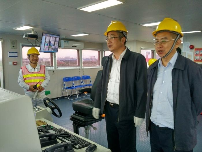 2016年10月26日,上海海事局组织审核组对液货船培训资质核验