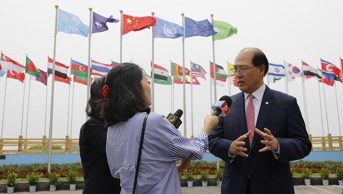 国际海事组织(IMO)秘书长林基泽先生(Kitack Lim)接受采访