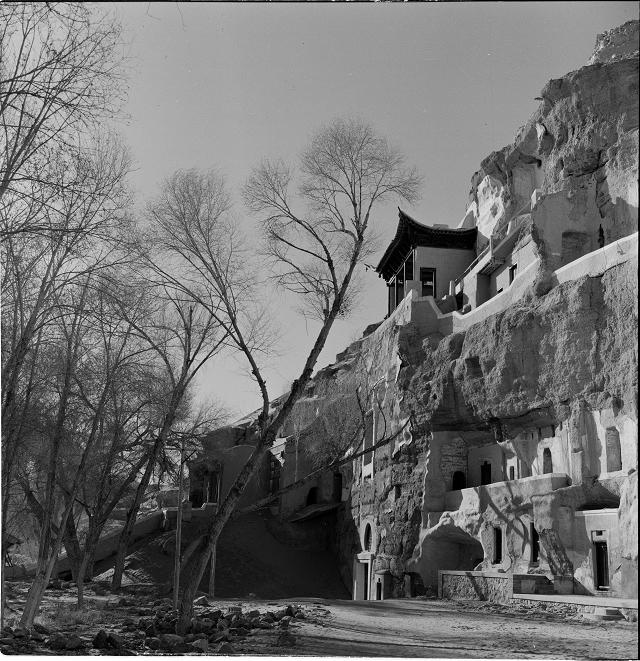 莫高窟第130窟地段外景-1959年