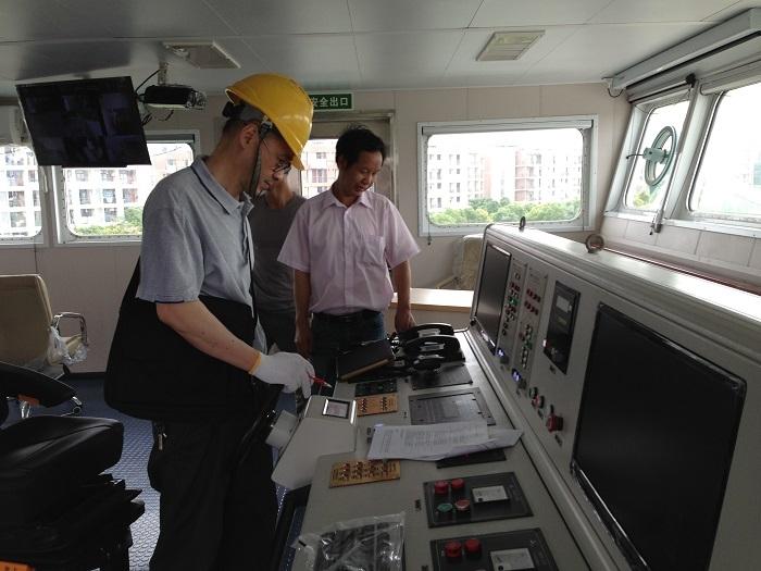 """2015年7月,项目组对""""吴淞""""号进行系统测试"""