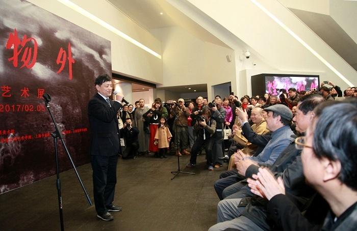 原上海市人大常委会副主任胡炜出席