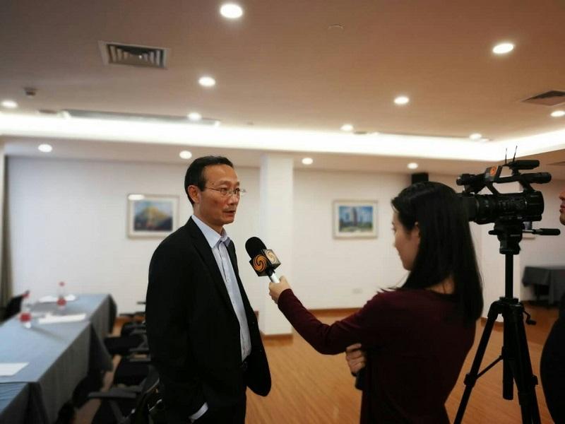 黄有方校长接受香港凤凰卫视采访