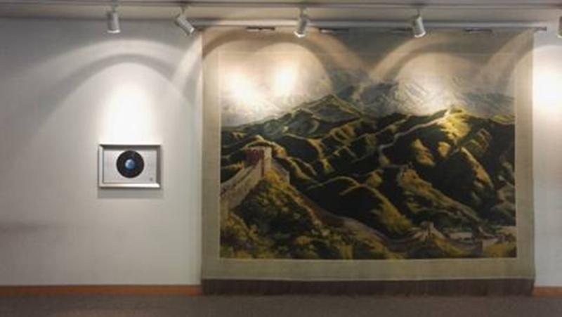 展示在英国伦敦国际海事组织总部大楼的CD纪念框