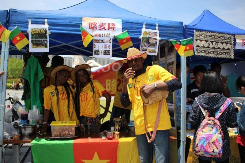 第八届文化节品味各国茶饮的沁人心脾