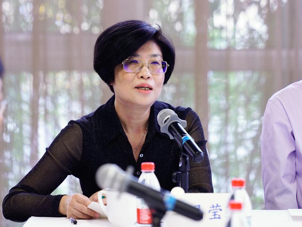 校外法学专家代表华东政法大学副校长陈晶莹发言