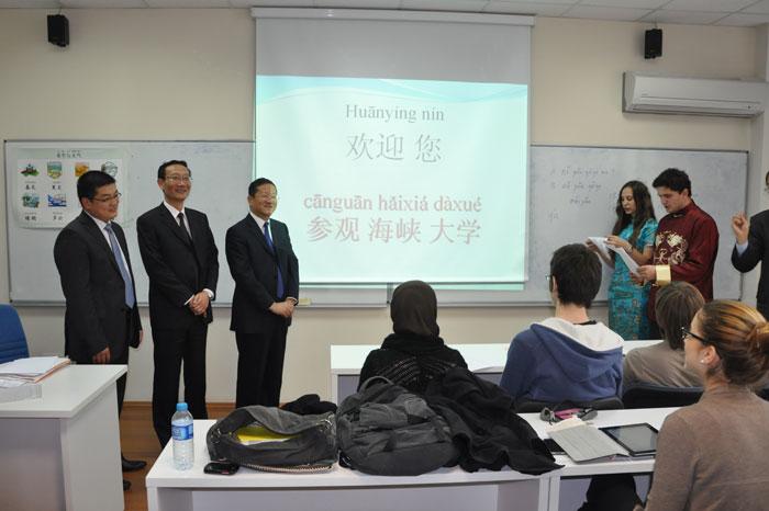 黄有方校长陪同薛明扬主任考察土耳其海峡大学孔子学院