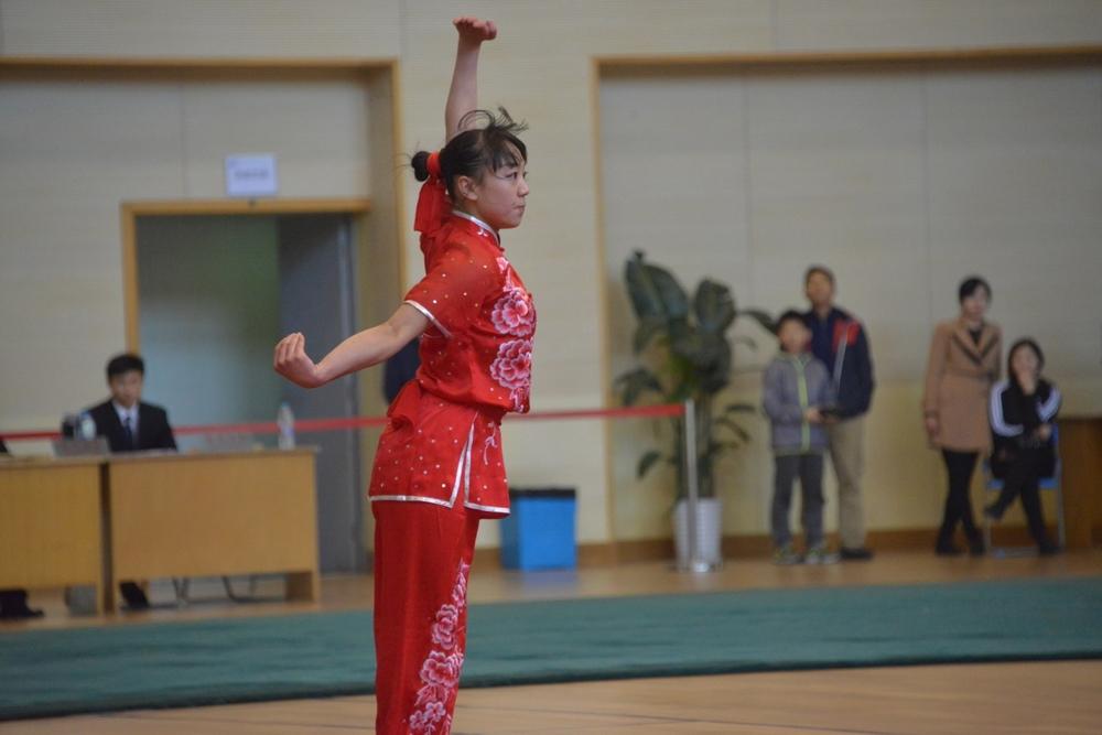 女子长拳、剑术冠军国航147郭梦娇