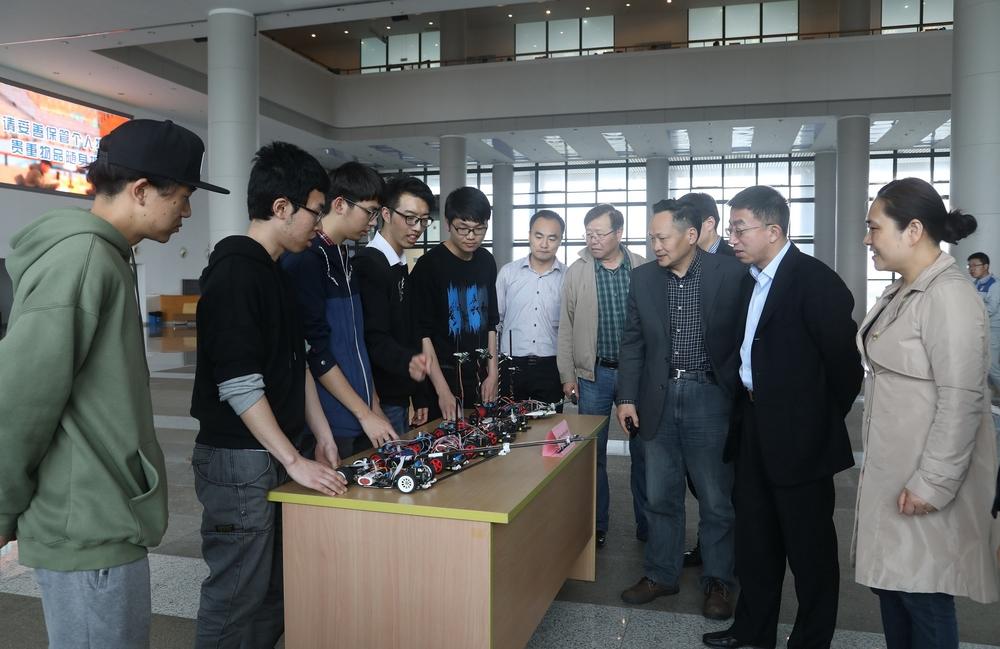 全国大学生智能汽车竞赛参赛作品