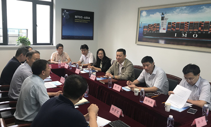 上海市交通委员会主任谢峰一行来校调研