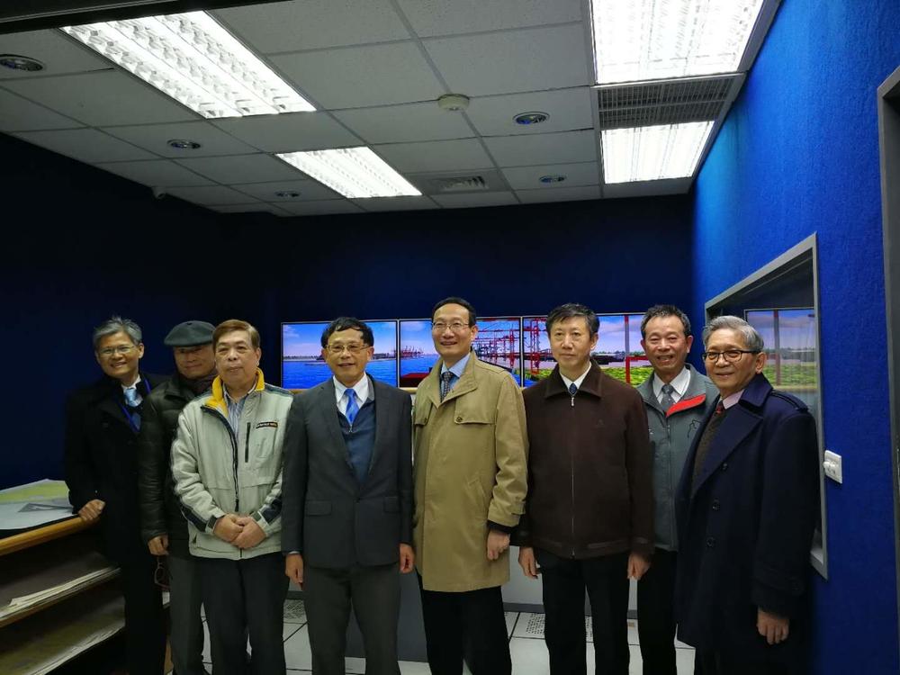 参观台湾海洋大学相关实验室