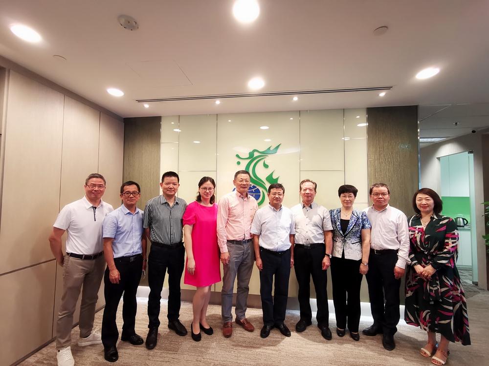 宋宝儒书记走访新加坡亿海集团