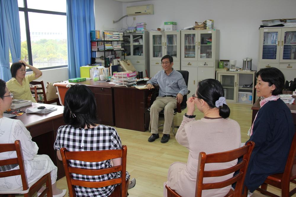 学院党委书记朱耀斌到基层系室走访、调研