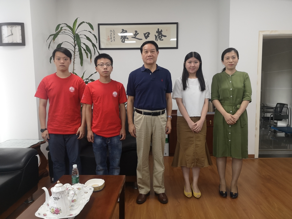采访中国港口协会常务副会长陈英明