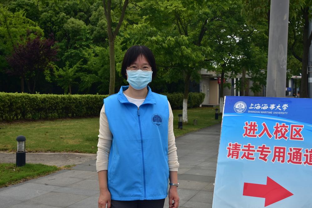外国语学院徐秀姿老师参与疫情防控志愿服务