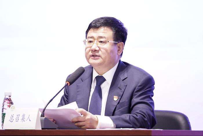 新当选的党委书记宋宝儒讲话